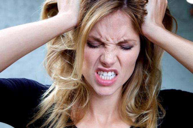 Гнев у девушки